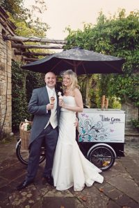 ice-cream-bride-groom
