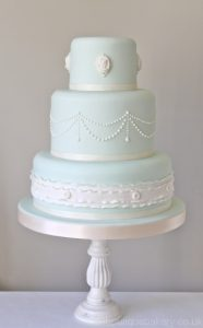wedding cake wedding dolls